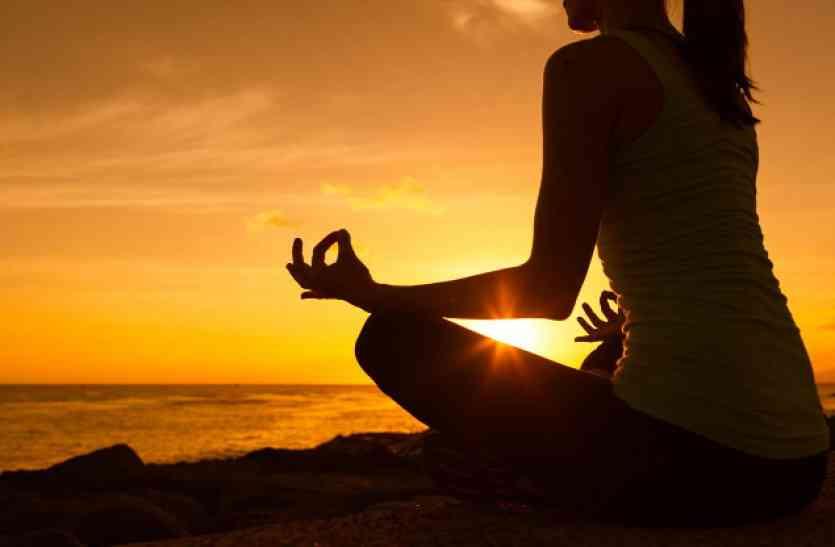 त्याग और आध्यात्मिक शक्तियों से खुलता है सफलता का द्वार