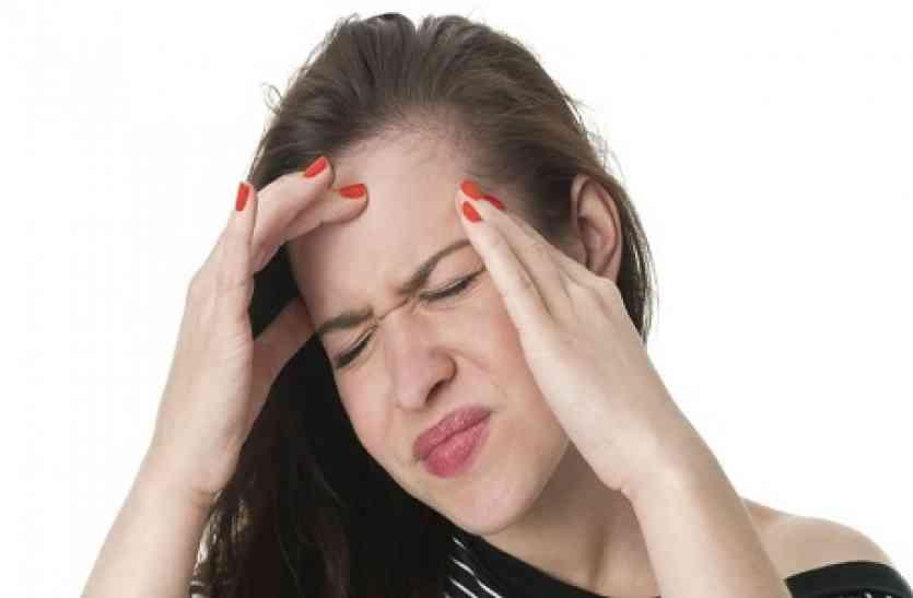एक महीने से महिला के कान में था भयानक दर्द, जब डॉक्टरों ने की जांच तो उड़ गए होश, हैरान कर देगा मामला!