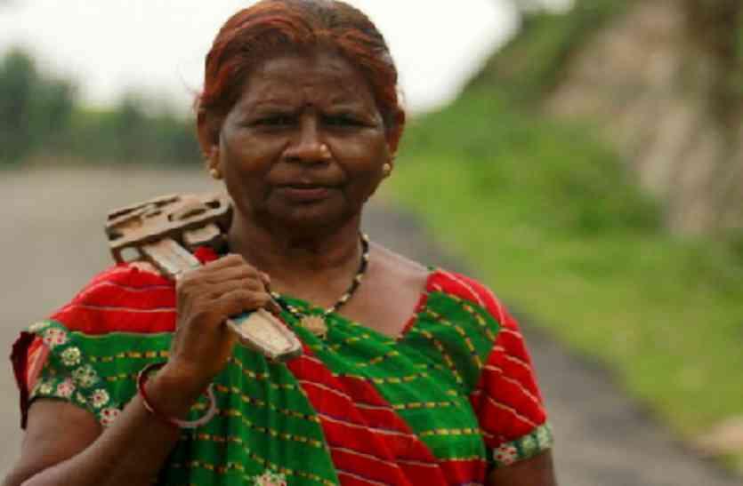 राजस्थान की ये मारीबाई अपने अनोखे काम के लिए है मशहूर- बच्चे इसलिए कहते हैं पंप वाली बुआ