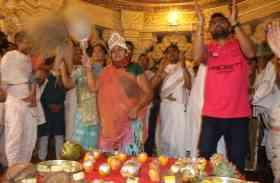Jaisalmer- ऐसा क्या हैजैसलमेर के इस गांव में कि जलने के बाद बंद नहीं होती लाइट्स