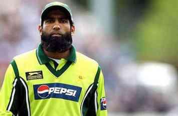 कभी क्रिकेट के मैदान पर चलता था इन खिलाडियों का जोर लेकिन आज कोई चला रहा है टैक्सी तो कोई साफ़ कर रहा है बस स्टैंड!