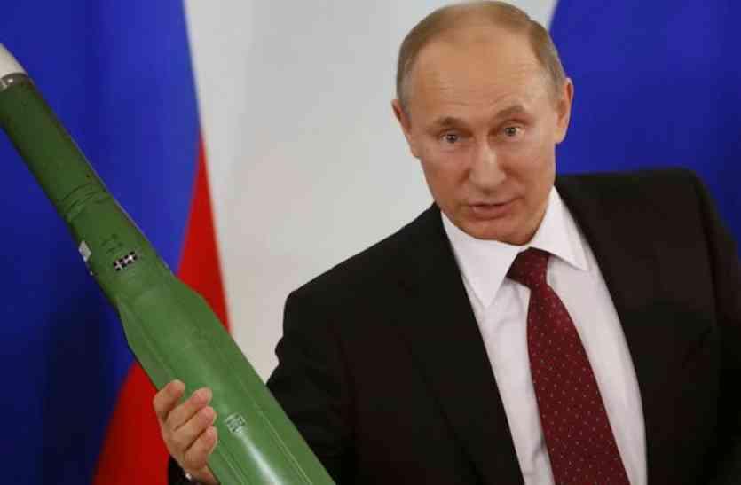 रूस के राष्ट्रपति पुतिन ने संभाला मोर्चा, खुद दागीं 4 बैलेस्टिक मिसाइलें