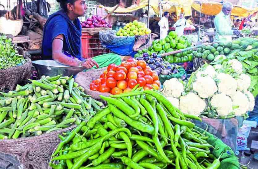 महंगाई के कारण हरी सब्जियां रसोई से बाहर- कम आपूर्ति होने से प्रदेश में बढ़े दाम