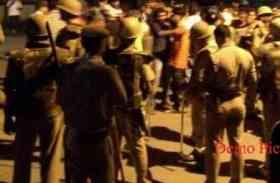 यूपी के जौनपुर में दो समुदायों में तनाव, कई थानों की फोर्स तैनात