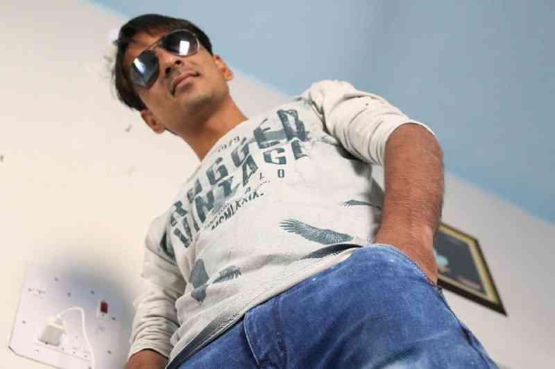Bhawani pareek Murari ki Kocktail YouTube Actor