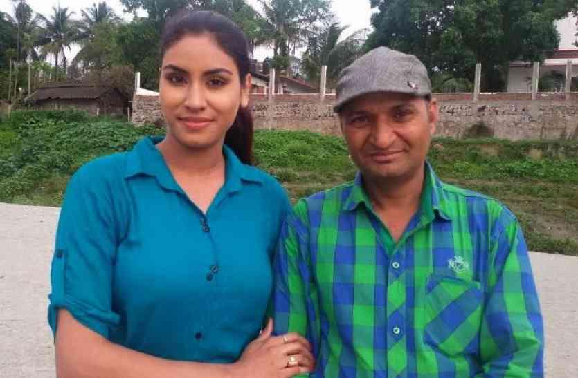 इस शख्स ने अपने पूरे गांव को बना डाला बॉलीवुड, बच्चे से लकर बूढ़े तक करते हैं एक्टिंग, 250 से ज्यादा फिल्में बनाई
