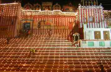 देव दीपावली पर कम हो गए पर्यटक, पूर्व पर्यटन मंत्री का दावा