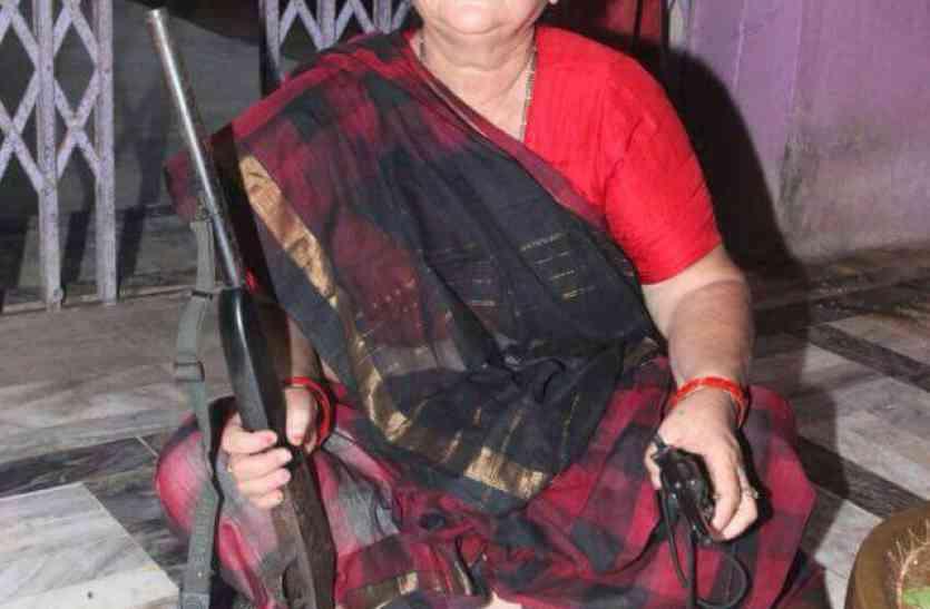भाजपा ने प्रमिला पांडेय को थमाया टिकट, माया और वंदना के साथ भिड़ंत