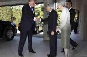 जापान में सम्राट अकीहितो से डोनाल्ड ट्रंप ने की मुलाकात, लेकिन ओबामा की हो रही चर्चा