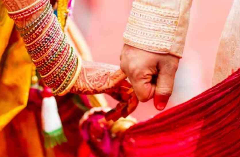 गरीब बेटियों के लिए महीसा है ये किन्नर, हिन्दू-मुस्लिम लड़कियों की शादी करवा पेश की नई मिसाल