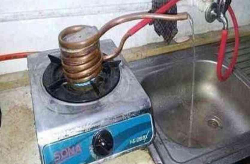 भारतीय इतने जुगाड़ू हैं कि दुनिया हमारे आगे पानी मांगती है, लेकिन अगर जुगाड़ ऐसा हो तो...