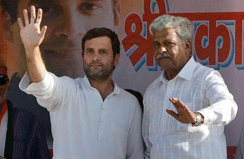 पूर्व मंत्री के आगे इस नेता की रणनीति हुई फेल, कांग्रेस के दो बागियों ने भी किया सरेंडर