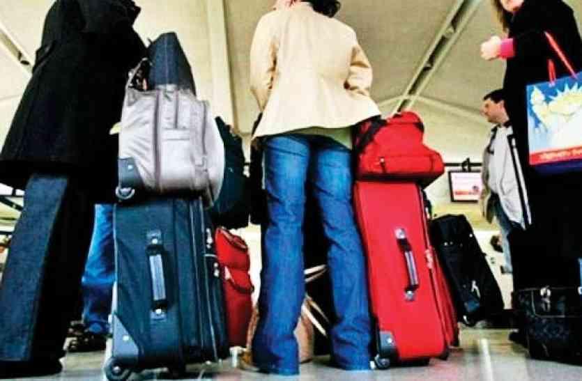 किराया बढ़ोतरी के बाद DMRC का एक और ऐलान, बड़े बैग के साथ स्टेशन पर No Entry