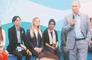 पुतिन की 'भविष्य की टीम' में भारत की जूनियर डॉक्टर