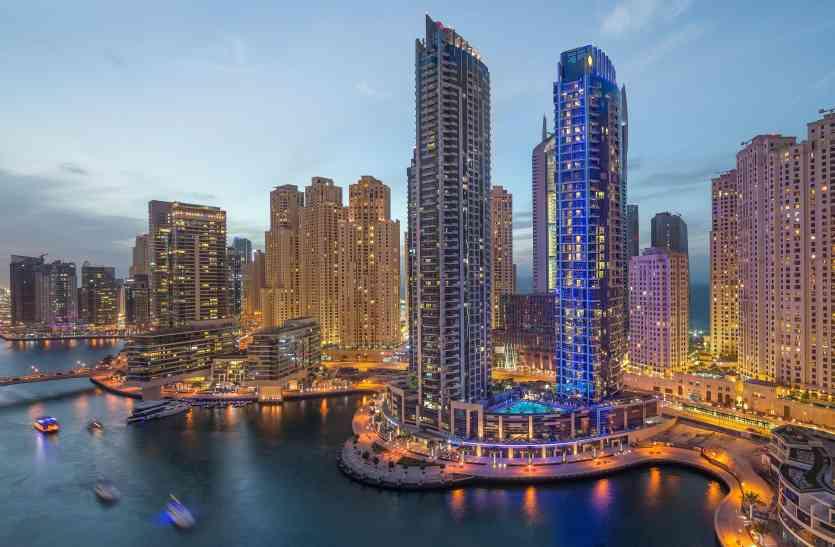 दुबई घुमने से पहले जान लें वहां के कानून, मामूली सी बात पर हो जाती है सजा