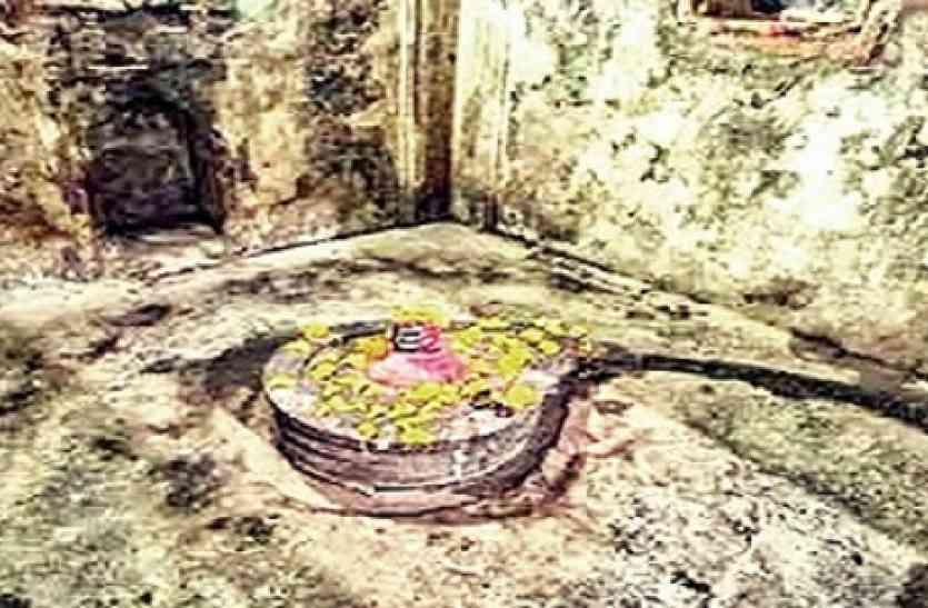 एक ऐसा शिव मंदिर, जहां भगवान को नहीं पूजा जाता...पूजा करने पर मिलता है श्राप