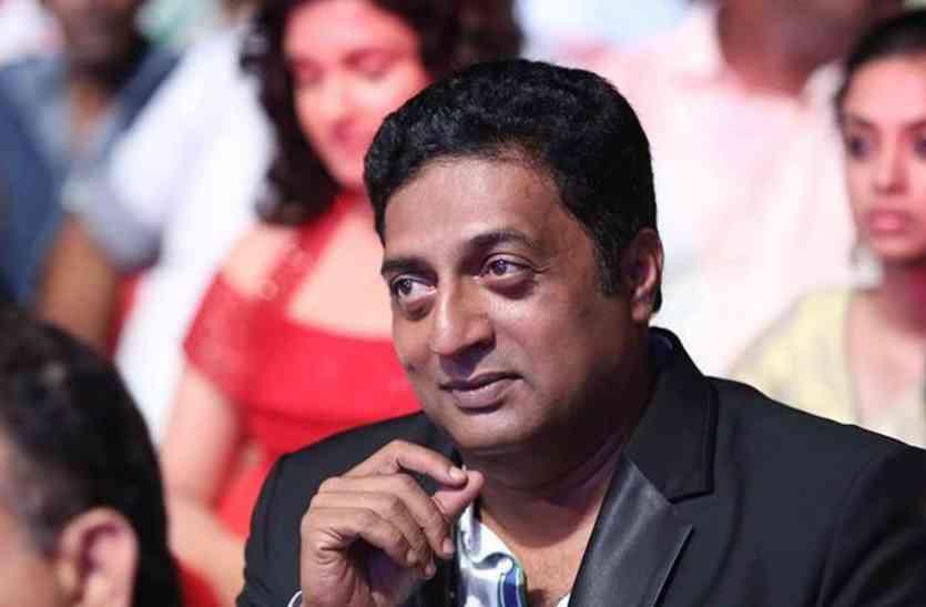 सिनेमा हॉल में खड़े होकर देशभक्ति का सबूत देने की जरूरत नहीं: प्रकाश राज