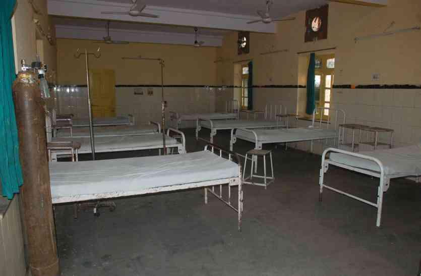 हड़ताल सातवें दिन भी जारी, काम पर नहीं लौटे चिकित्सक