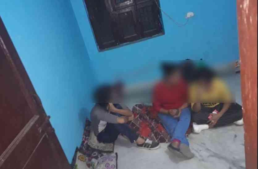 Video: 3 लड़कियां, 10 लड़कों के साथ मिलकर कर रही थी गंदा काम, देख पुलिस भी हैरान