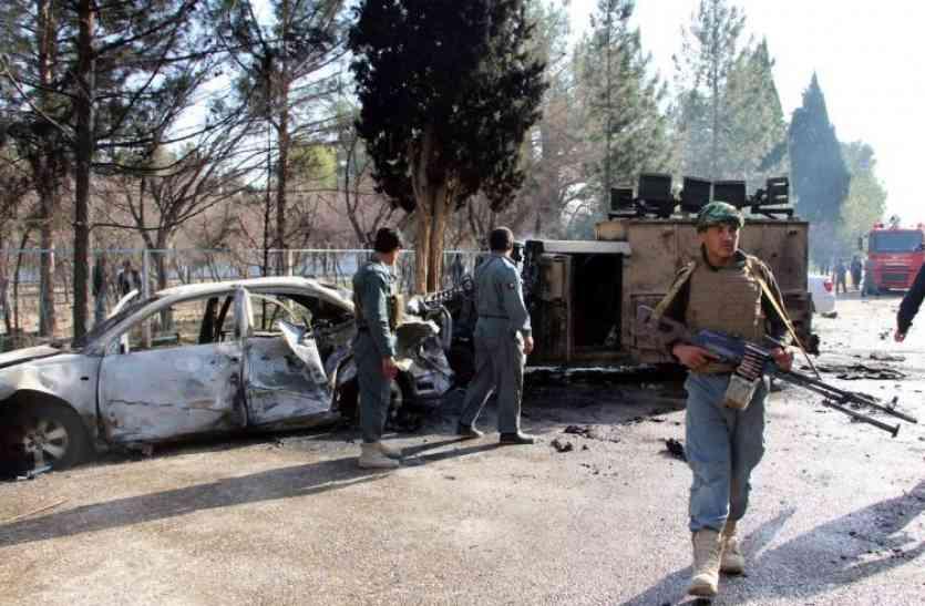 अफगानिस्तान में तालिबानी आतंकियों ने पुलिस चौकियों पर किया हमला, 22 पुलिसवालों की मौत