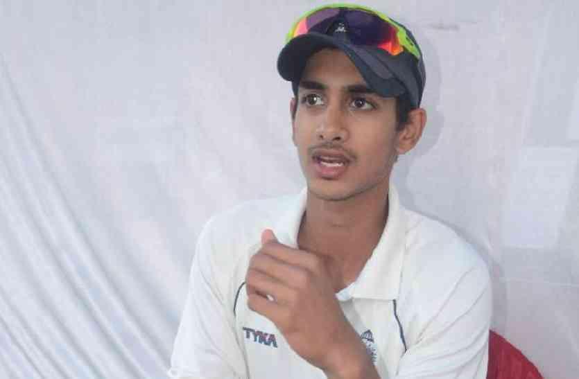 उद्योगपति कुमार मंगलम बिड़ला के बेटे आर्यमन को बिजनेस नहीं, क्रिकेट से है लगाव