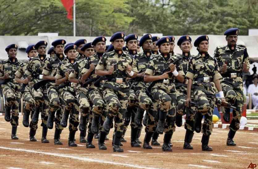 अर्धसैनिक बलों की भर्ती पर कोर्ट का झटका, 72 हजार से अधिक नौकरियों पर लगा दी रोक