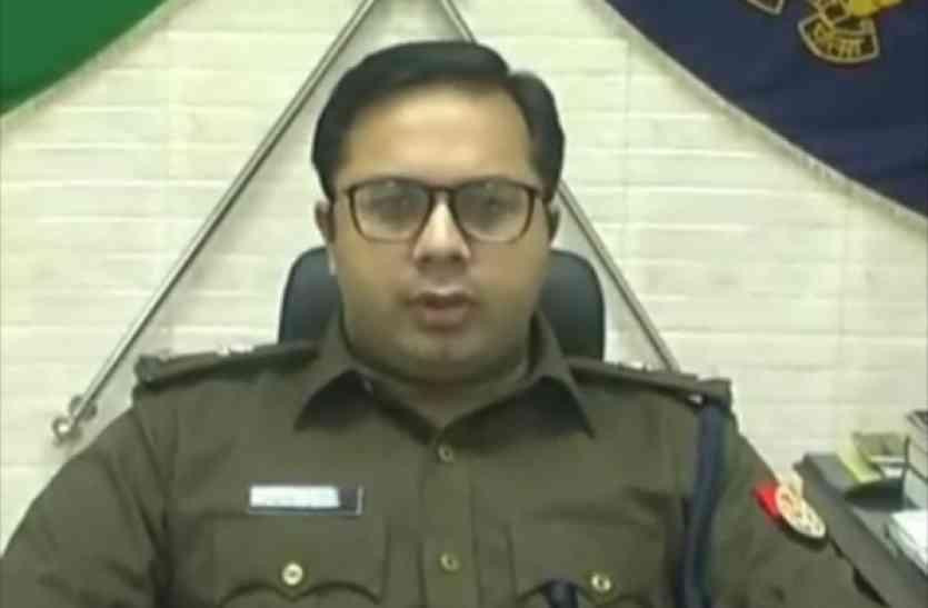 कॉलेज में छात्रों ने मचाया उत्पात, भाजपा विधायक के पीटकर किया लूहलुहसन