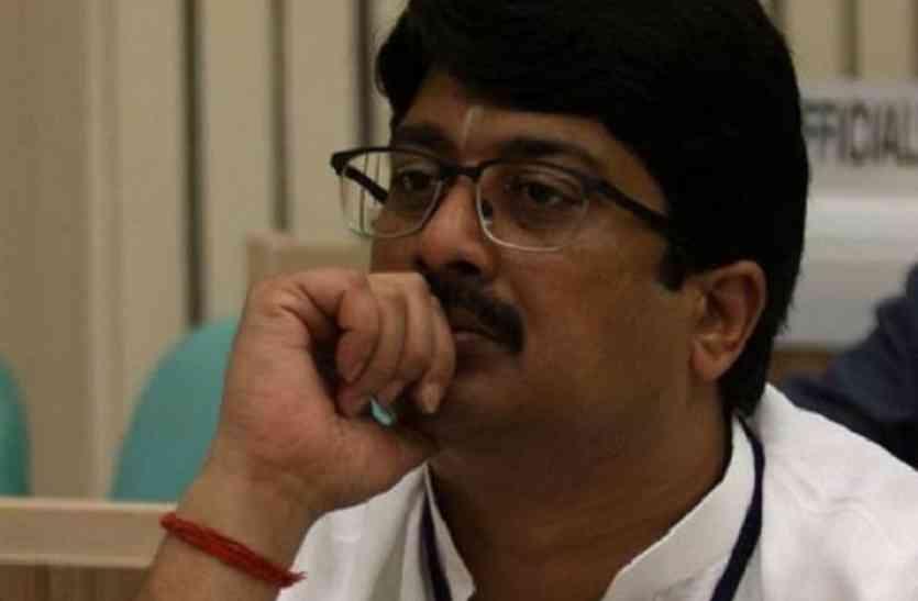 धर्म संकट में राजा भैया, निकाय चुनाव में इनका करेंगे समर्थन!