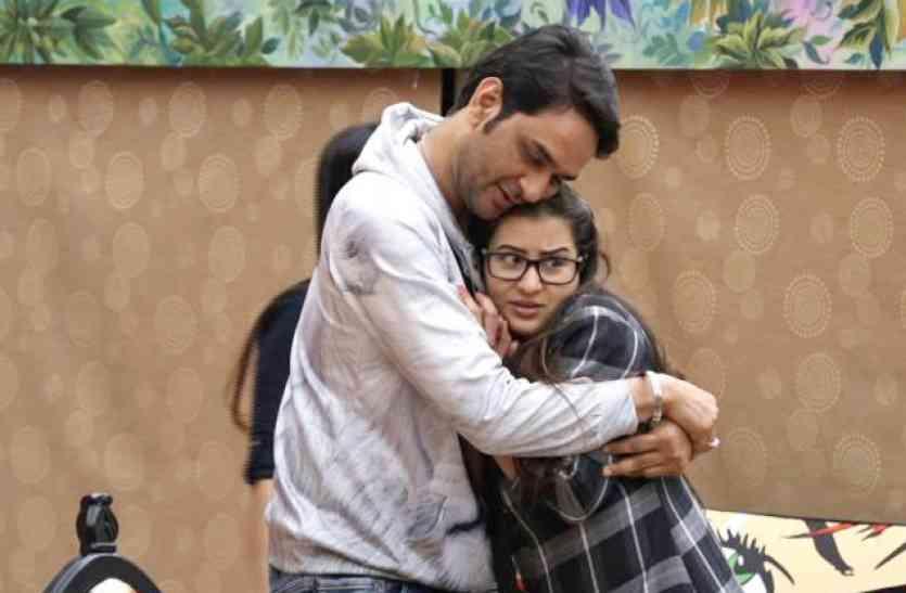 #BB11 : शिल्पा शिंदे को बचाने के लिए विकास गुप्ता ने दी सबसे बड़ी कुर्बानी, देखें वीडियो