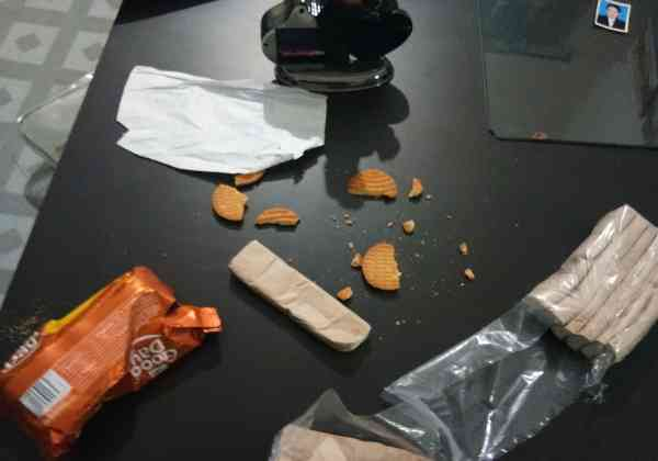 Eeaten biscuits
