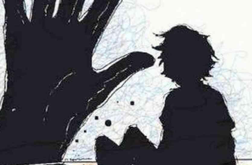 गोरा बेटा देख पत्नी के चरित्र पर किया संदेह,की जिगर के टुकड़े की हत्या