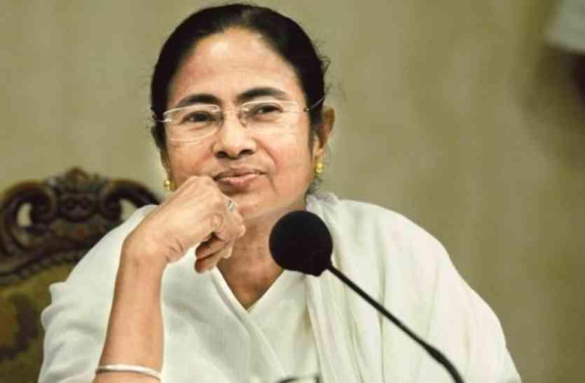 निवेश के लिए आएं बंगाल : ममता