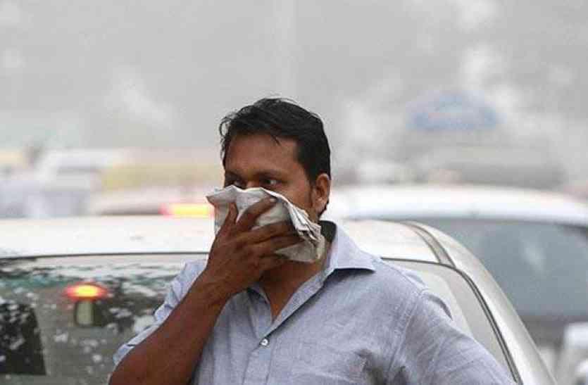 लखनऊ सबसे प्रदूषित: नेता चुनाव में व्यस्त, पब्लिक प्रदूषण से पस्त
