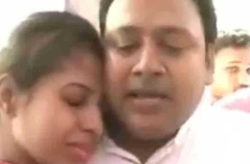 जब कानून ने खड़े किये हाथ, तब पति ने थाने में किया ये गजब कारनामा, वीडियो हो रहा जमकर वायरल