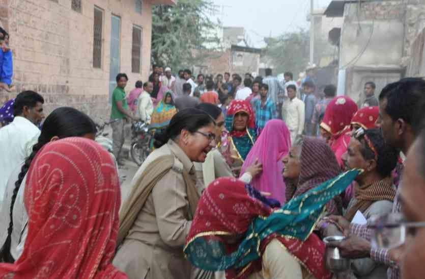 विरोध के बीच धराशायी हुआ अतिक्रमण ,नागौर  में बड़ली रोड पर सरकारी जमीन से हटाया कब्जा