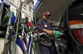 अब गाड़ियों के धुंए से नहीं होगा पॉल्यूशन, 1 अप्रैल 2018 से नई क्वालिटी का मिलेगा पेट्रोल-डीजल