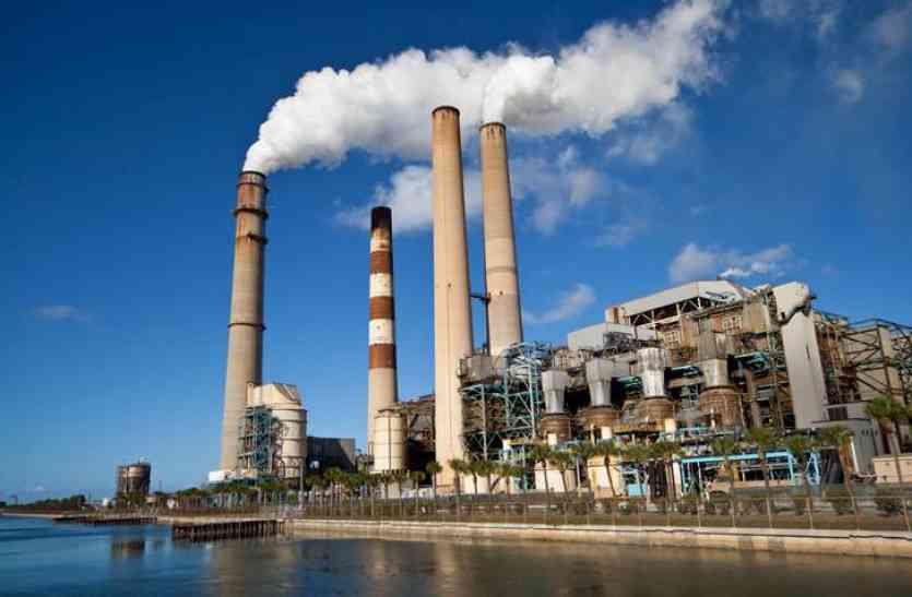 नहीं हो पा रही कोयले की सप्लाई, देश के 65 बिजलीघरों पर संकट के बादल