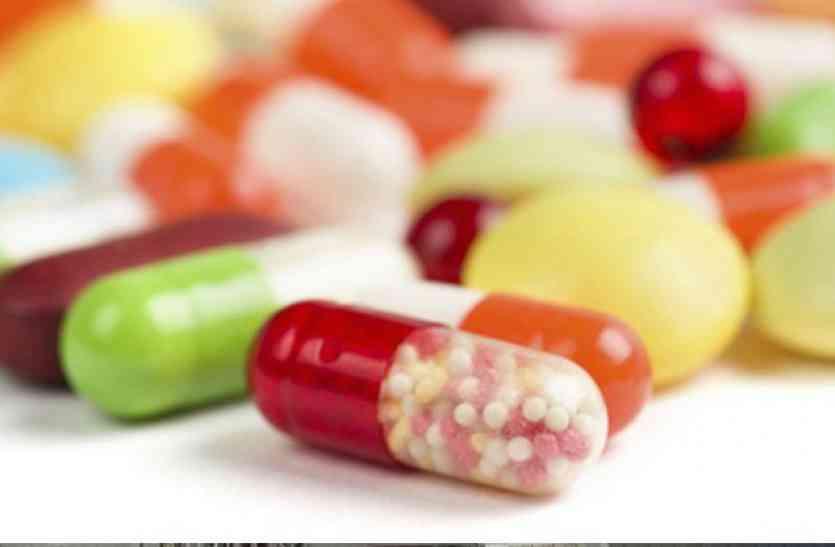 MP के इस शहर में प्रतिबंधित फेंसीडिल कफ सीरप के बाद सामने इन नकली दवाओं का कारोबार