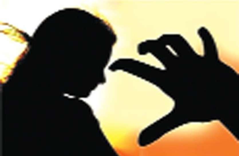 इंडिया गॉट टैलेंट प्रतियोगी पर बॉयफ्रेंड ने किया केमिकल अटैक : देखे वीडीयो