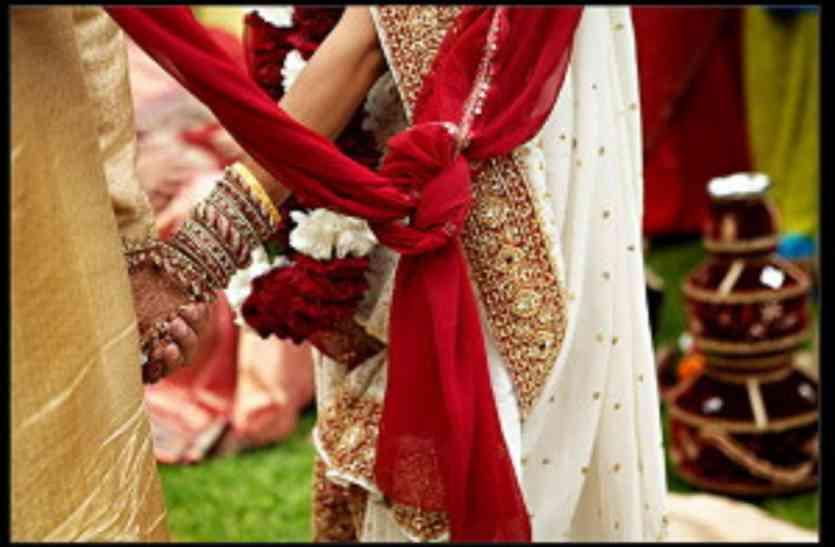 Image result for शादी के मंडप पर हंगामा