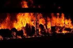 सांसद धर्मेंद्र यादव के घायल होने के बाद लगा दी ट्रक में आग, संसदीय क्षेत्र में आक्रोश में हैं लोग