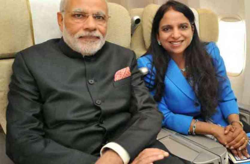 पीएम मोदी के साथ हर विदेशी दौरे पर दिखने वाली कौन है ये महिला?