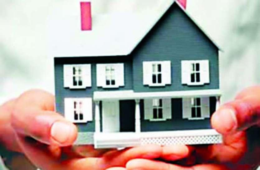 प्रधानमंत्री आवास योजना में किए गए घोटाले की जांच पुलिस के बजाए सीआईडी या एसआईटी करे