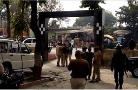 NIA की टीम पर पथराव करने वाले 60 लोगों के खिलाफ FIR, एक गिरफ्तार