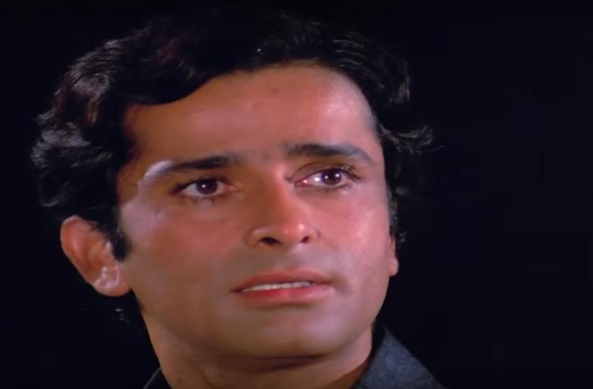 RIP Shashi Kapoor: एक ऐसा अभिनेता जिसने दुनिया के हर बेटे को मां की असली अहमियत बताई