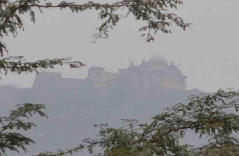 ओखी तूफान का असर अब पूर्वी राजस्थान में भी, इस शहर में बारिश के साथ सर्दी बढ़ी