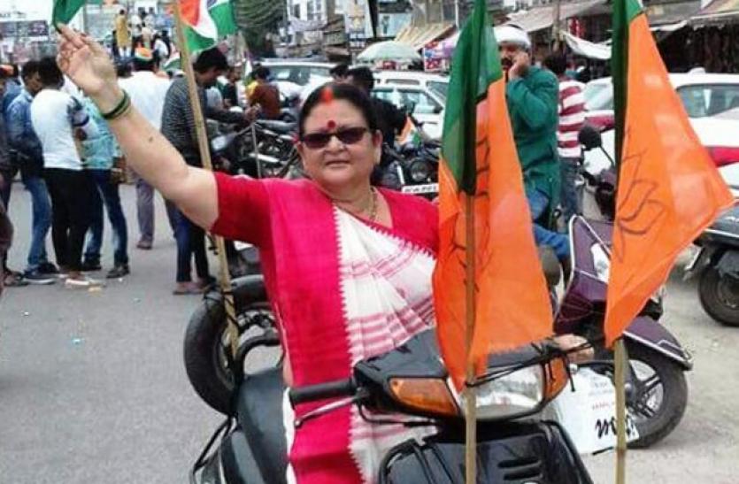 गुजरात चुनाव में बीजेपी का बड़ा दांव, पहुंची सीएम योगी आदित्यनाथ की दीदी, कर रहीं प्रचार