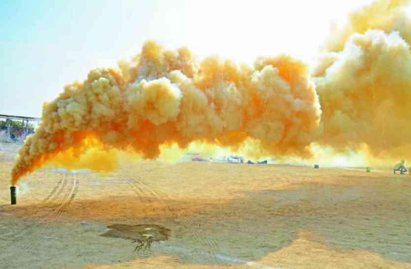 बाड़मेर के आदर्श स्टेडियम में धमाके... आग की लपटों के बीच चीख-पुकार , राहत के लिए पहुंची टीम