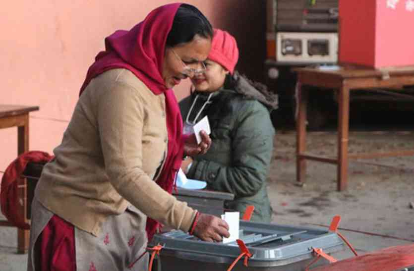 नेपाल में आखिरी चरण के लिए मतदान जारी, शाम को शुरू हो सकती है वोटों की गिनती