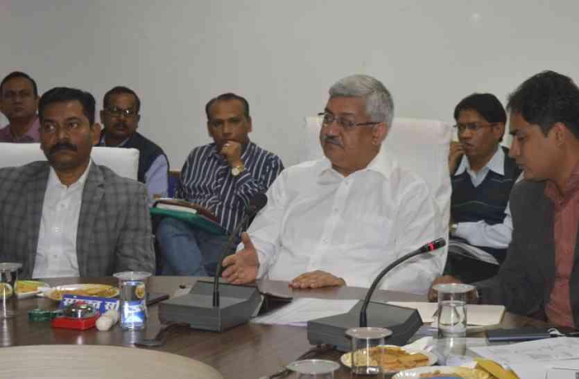 भारत सरकार इस्पात मंत्रालय के संयुक्त सचिव  सुनील बर्थवाल ने जिला स्तर के अधिकारियों की ली समीक्षा बैठक